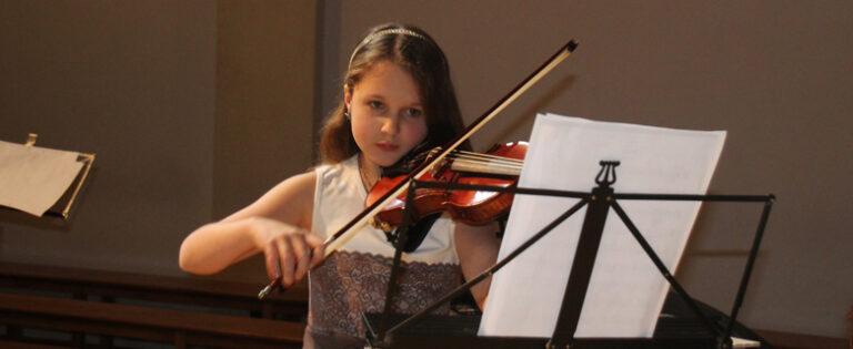 Internat-Solling-Geige