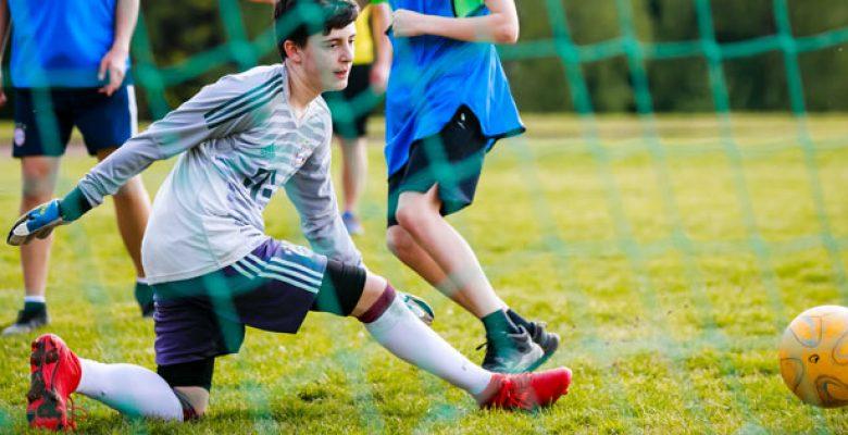 Fußball auf dem Sportplatz des Internat Solling